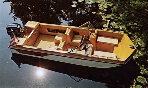 DUO Roamer 14 Boat with unique pageWrapper-around and walk-thru windsheld