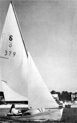 O'Day Ospray Sailboat Sales Information and Specifications (1966)