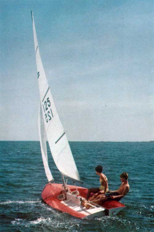 The O'Day Flying Saucer Sailboat in action