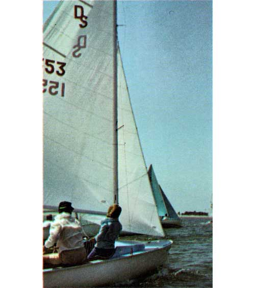O'Day Day Sailer Photo 1967 - Image 1
