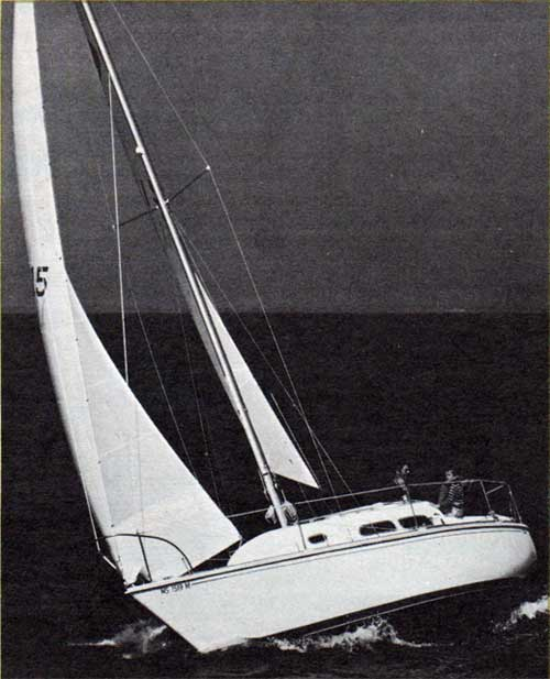 The O'Day 27 II on the Open Sea