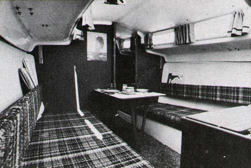 The O'Day 25 Sailboat - View of Main Cabin