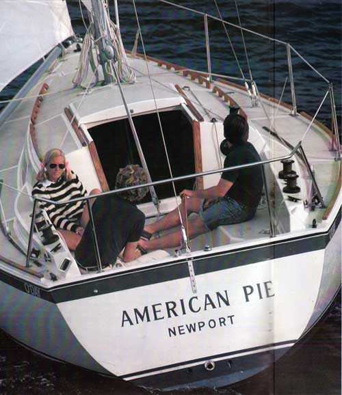 O'Day 30 Keel and Centerboard Wanderers | Bangor Punta Archives