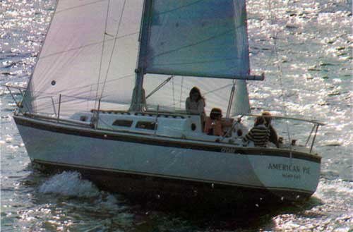 O'Day 30 Standard Equipment & Specifications   Bangor Punta ... on