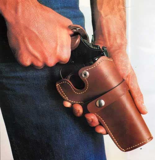 Smith & Wesson Modle 19 Pioneer Holster made of Wessonhide