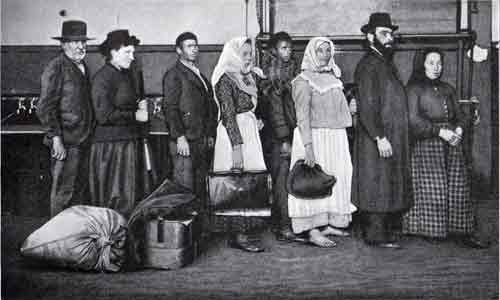 Image result for pictures ellis island 1900's