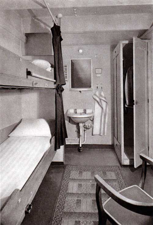 Third Class cabin with Two Berths