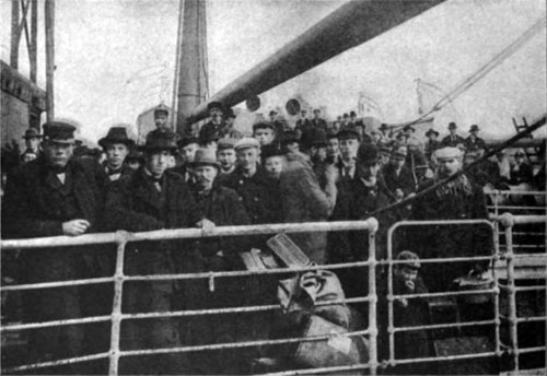Photo 01 - Immigrants On Deck - Just Before Landing In The United States