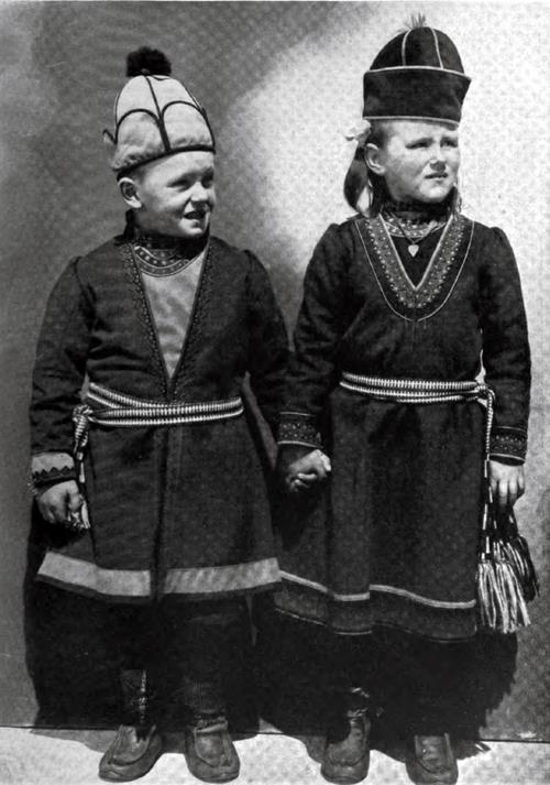 Immigrant Norwegian Peasant Children In National Costume