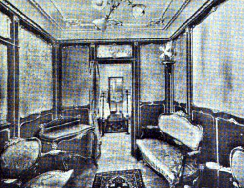 "FIRST CLASS APARTMENT De LUXE	""TOMASO DI SAVOIA"" AND ""PRINCIPE DI UDINE"""