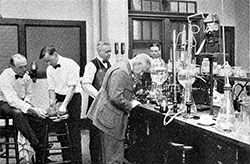 Scientific Coffee Research Ongoing At M.I.T. - 1922