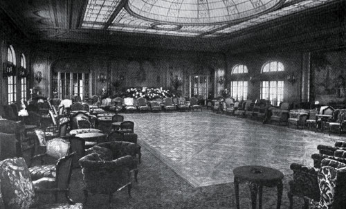 Photo17: The Lounge Of The Imperator