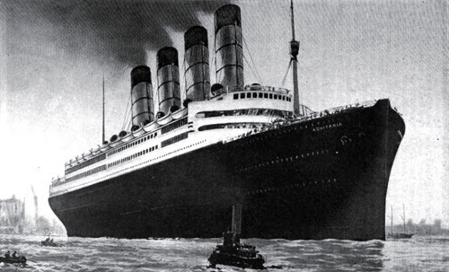 Photo23: The Giant Cunard Liner Aquitania - A Floating Palace Hotel Type