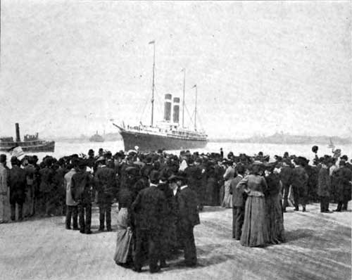 Photo 01: Last Farewells To The Ocean Voyager At The New York Pier