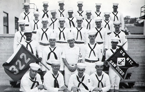 Group Photo of Company 64-322 Commander F. Barclay, BM1, and Petty Officers, 27 August 1964