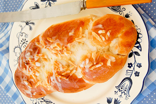 Jenny's Cardamom Bread Recipe