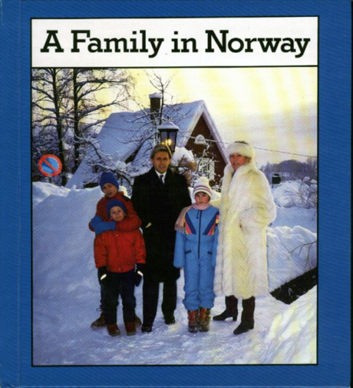 A Family in Norway - 0822516810 - Front Cover