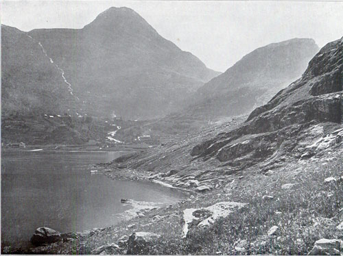 Merok / View of Merok and the Fjord