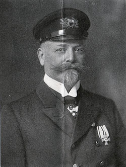 Captain Hans Ruser of the Kaiserin Auguste Victoria (1909)