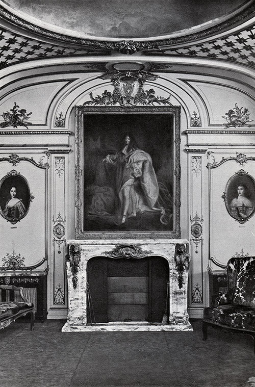 Fireplace of the First Class Grand Salon