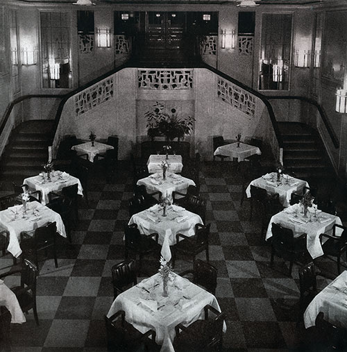 Section of the Second Class Dining Room on the SS Bremen.