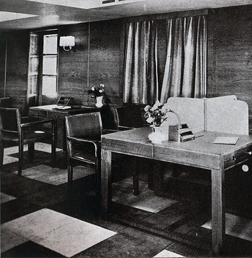 Tourist Third Cabin Writing Room on the SS Bremen.