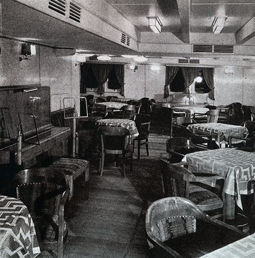 Third Class Social Hall on the SS Bremen.