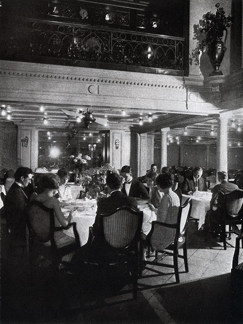 First Class Dining Saloon on the SS George Washington.