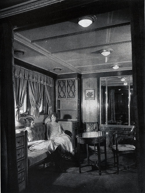 The Presidential Suite on the SS George Washington.