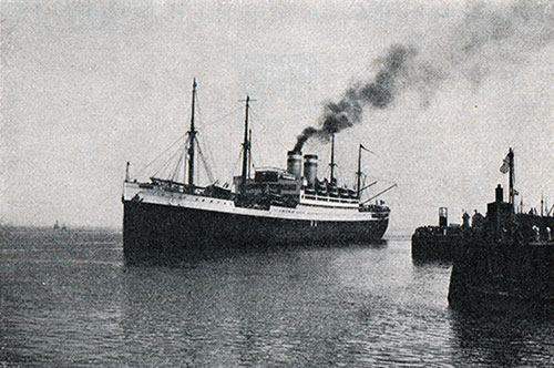 The S.S. Deutschland Departing from Cuxhaven