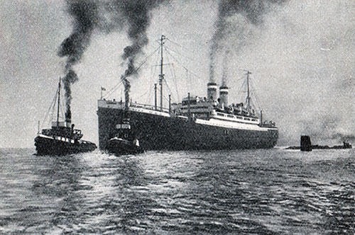 Photo 01 - Departure Of The Steamship New York