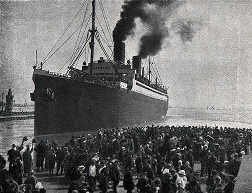 Arrival of the SS Columbus in Bremerhaven