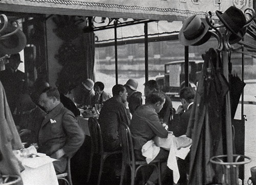 Luncheon in a Paris Café.