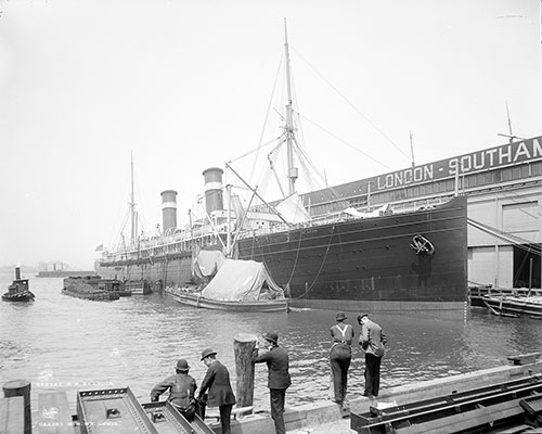 The SS St. Louis of the American Line at Landing Stage