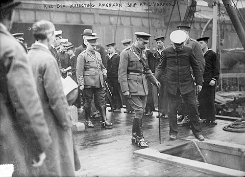 King George V - Inspecting American Ship At Liverpool - 1917