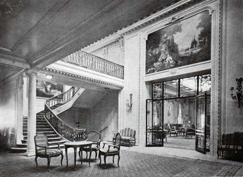 Foyer and Entrace to the Lounge on the Majestic